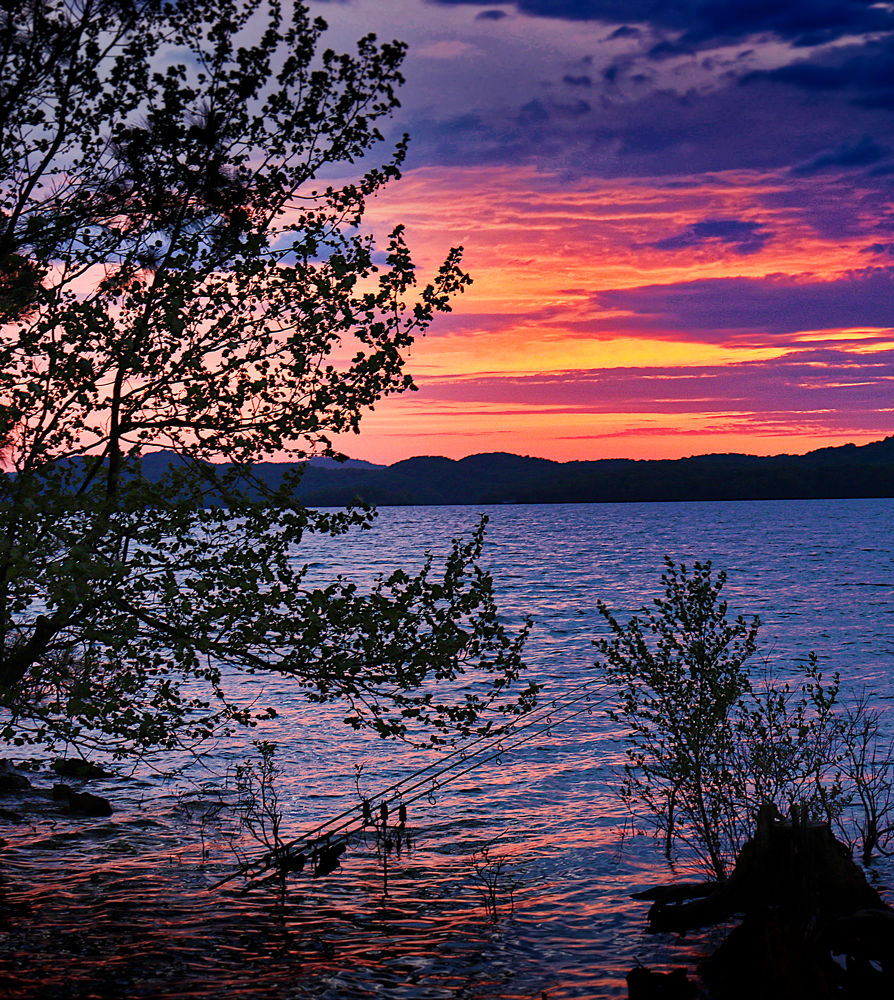 Dale-Hollow-sunset-sm.jpg