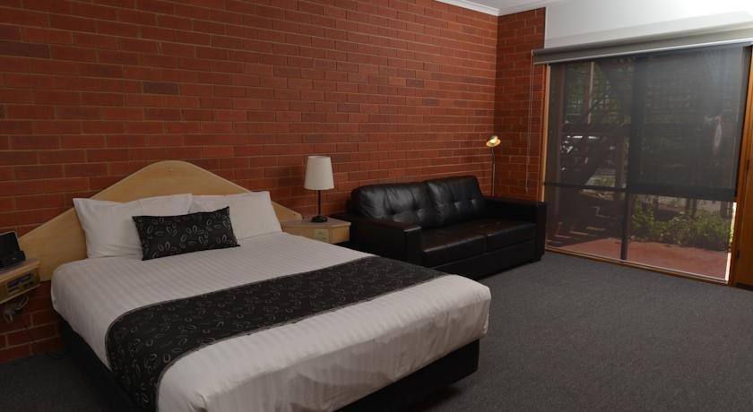 standard-room-comfort-inn-lady-augusta