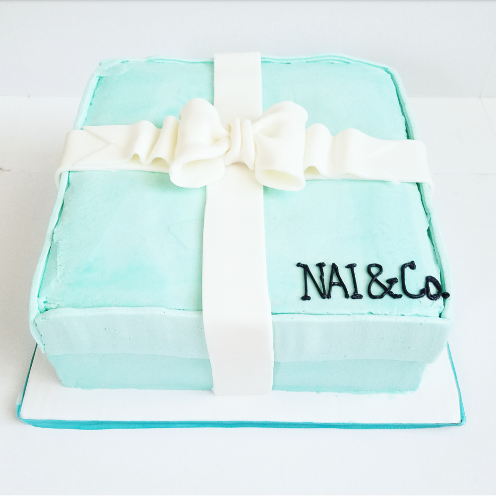 tiffany themed bridal shower cake (2).png