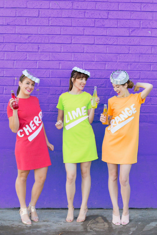 DIY-Soda-Bottle-Costumes6.jpg