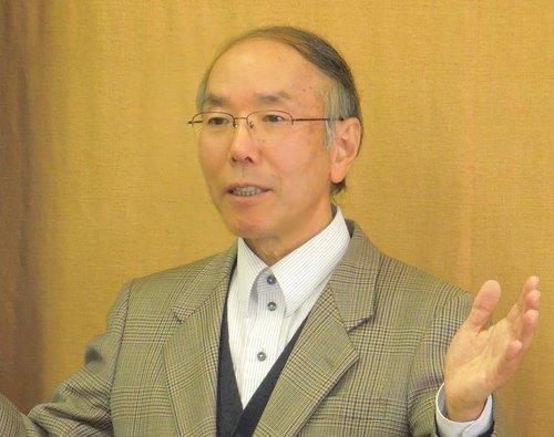 増田由夫 - 皆さん、こんにちは! 牧師の増田由夫です。人を生かす力は 「愛」です。「私の目には、あなたは高価で尊い。私はあなたを愛している。」 (聖書)と語りかけてくださる神がおられます。私は24歳の時に聖書の神と出会いました。その素晴らしさのゆえに、今に至る まで聖書を紹介しています。是非グレースチャペルにおいでくだ さい。Pastor MasudaHello everyone! I am the pastor at Grace Chapel.I became a Christian when I was 24-years-old and I truly met the God of the Bible. Since then, I have been sharing the Bible and God's love. Please come and visit our church.