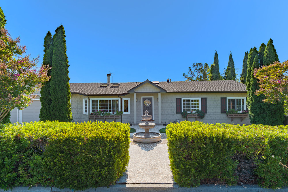 86 Central Ave, Los Gatos  5 bed • 4 bath • 3,700 sqft