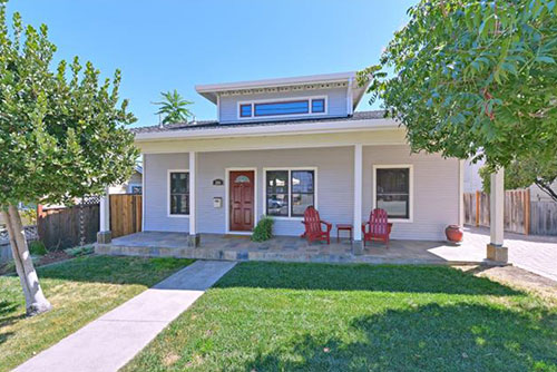 204 Edelen Avenue, Los Gatos  3 bed • 2 bath • 1,663 sqft