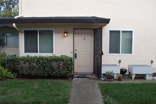 236 Watson Drive,#2, Campbell  2 bed • 1 bath • 903 sqft • represented buyer