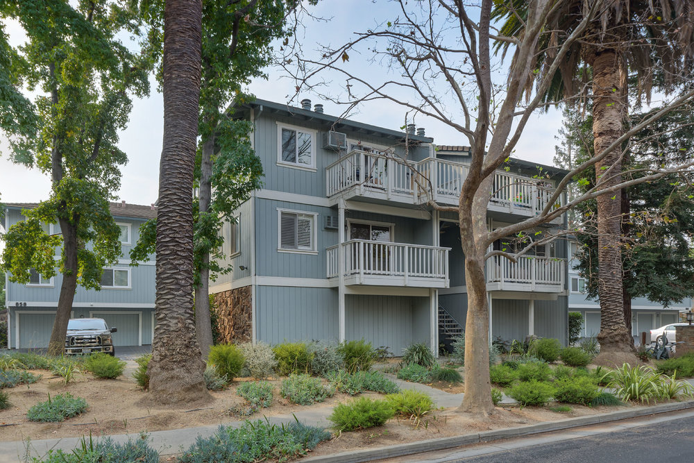 856 Apricot Ave,#C, Campbell  2 bed • 2 bath • 1,065 sqft