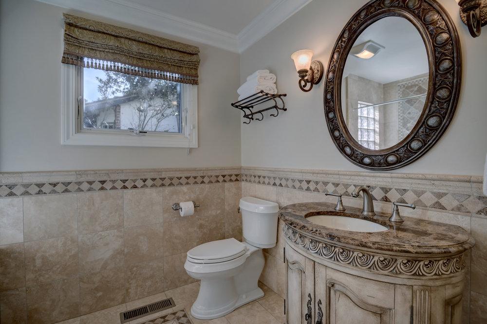 16_136 Va Santa Maria Los Gatos-print-022-14-Hallway Bathroom Vanity View-3669x2444-300dpi.jpg