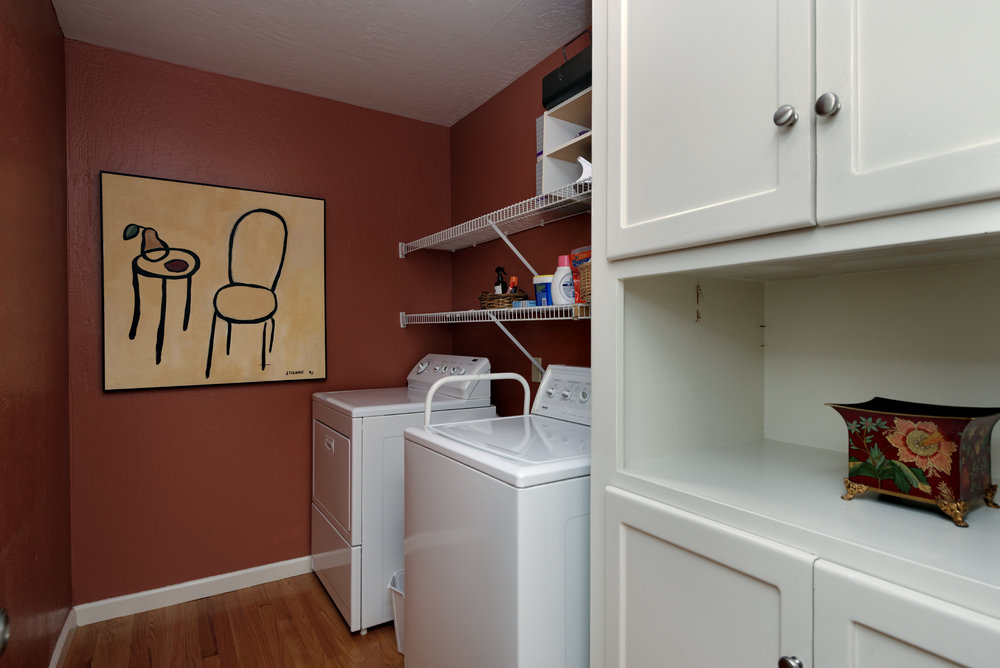 16 Laundry.jpg