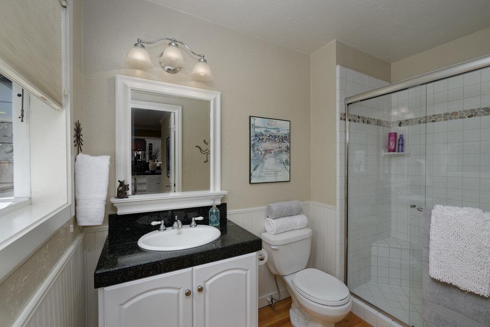 19 Bath.jpg