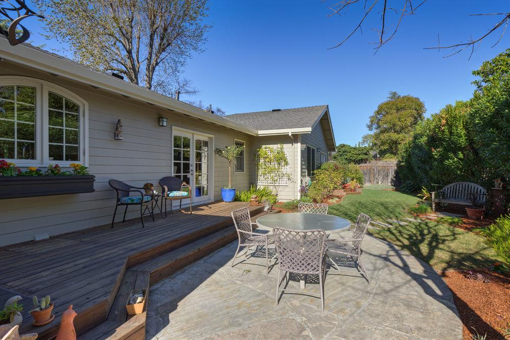 25 Backyard deck and patio.jpg