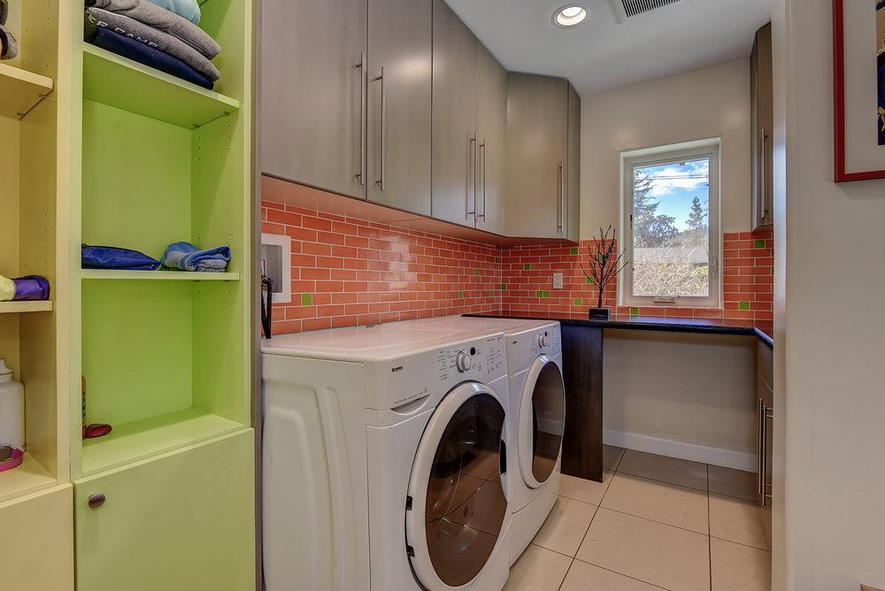 72 Mariposa Ave Los Gatos CA-print-019-39-Laundry Room-3666x2450-300dpi.jpg