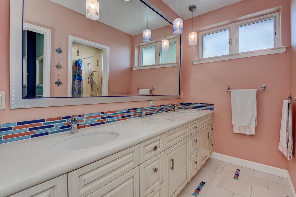 72 Mariposa Ave Los Gatos CA-print-033-3-Hall Bathroom-3613x2410-300dpi.jpg
