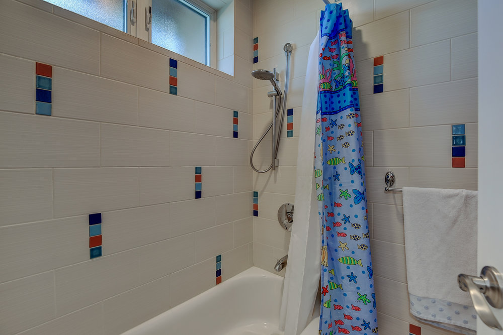 72 Mariposa Ave Los Gatos CA-print-034-2-Hall Bathroom Shower-3677x2451-300dpi.jpg