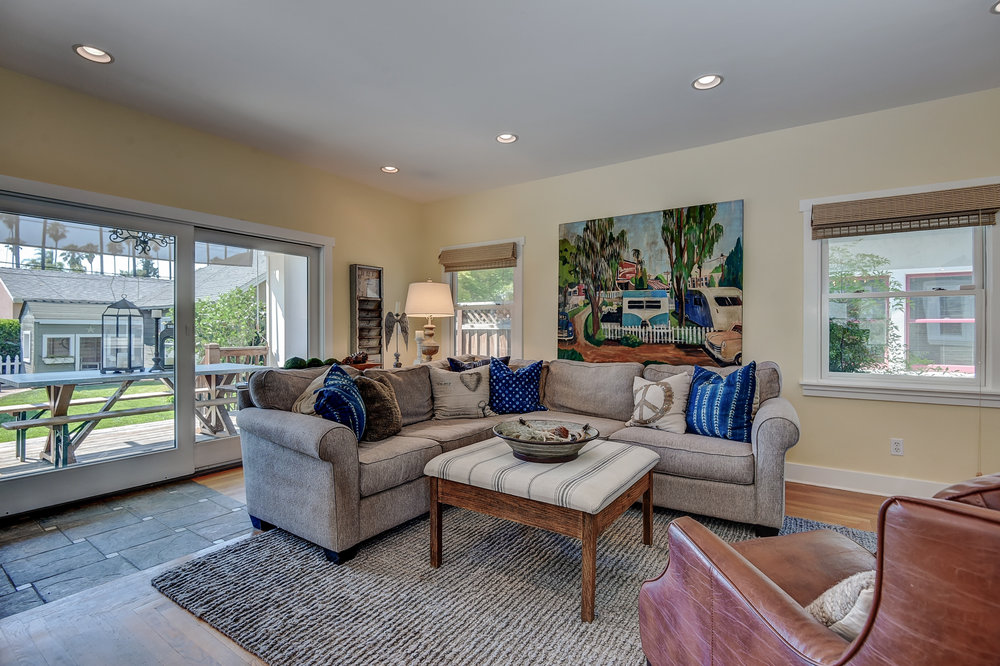 10_853 Hartford Ave San Jose CA-print-017-40-Family Room View-3676x2449-300dpi.jpg