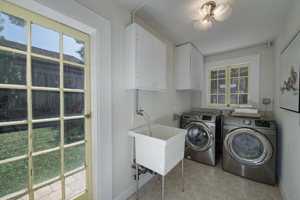 27_laundry.jpg