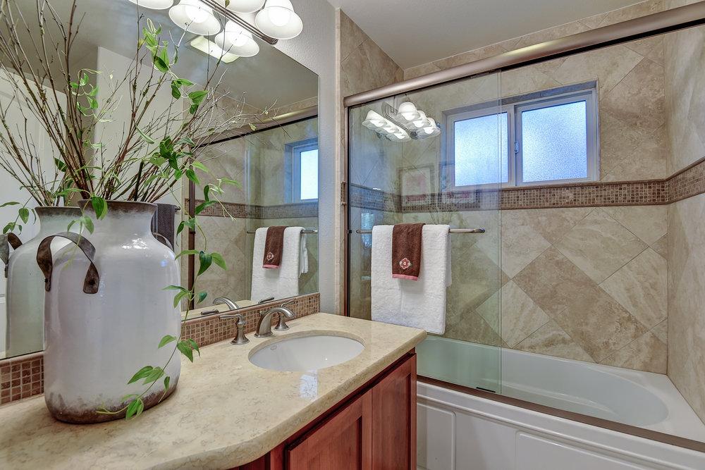 11_guest bath_15624 Linda Ave Los Gatos CA-print-023-19-Guest Bathroom-3676x2451-300dpi.jpg