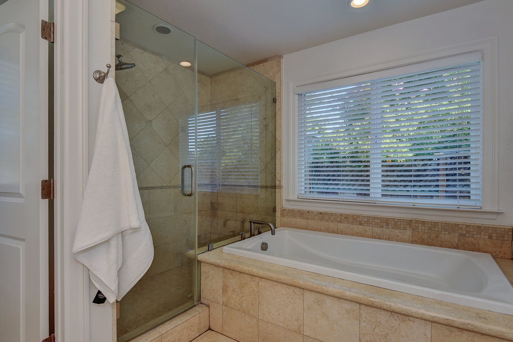 19_mastertub_15624 Linda Ave Los Gatos CA-print-018-3-Master Bathroom Two-3639x2427-300dpi.jpg