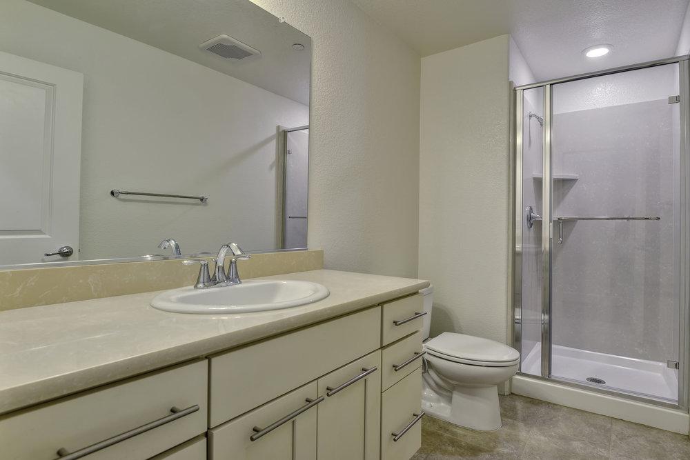 26_5972 Reddick Loop San Jose CA-print-026-24-First Floor Bathroom-3608x2407-300dpi.jpg