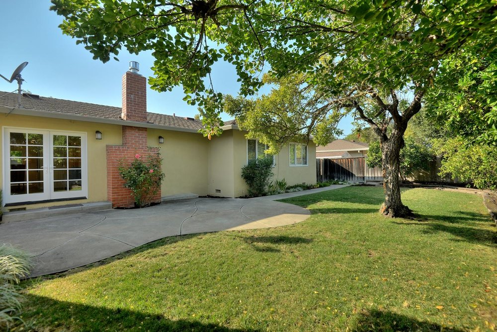21_130 Forest Hill Dr Los Gatos-large-024-28-Back of House-1500x1000-72dpi.jpg