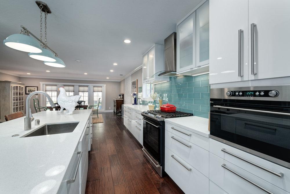5_kitchen2.jpg