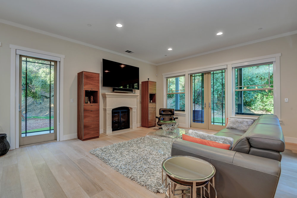 13_142 Placer Oaks Ct Los Gatos-print-014-15-Family Room-4125x2748-300dpi.jpg