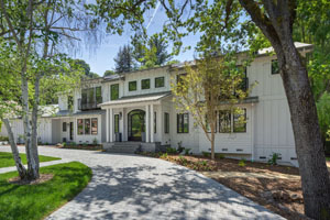 218 Forrester Drive, Los Gatos  5 bedrooms • 5 full/3 half bathrooms • 5,589 sq ft interior • 712 sq ft poolhouse