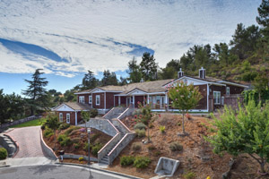 104 Heintz Court, Los Gatos  4 bedrooms • 3.5 bathrooms • 3,986 sq ft • 27,603 sq ft lot