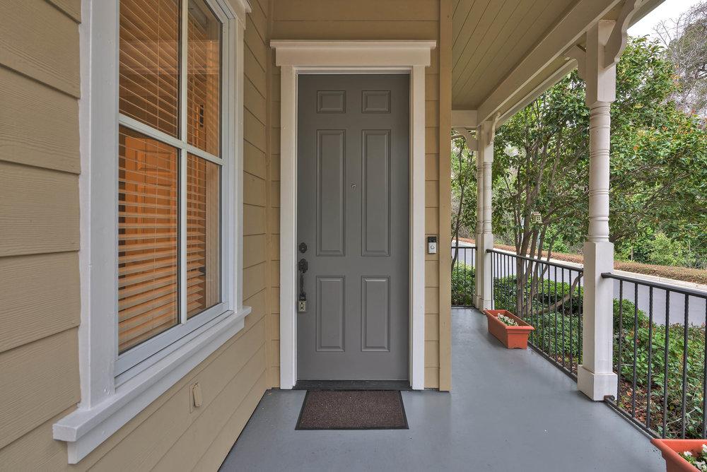 Frontdoor_100 Boyer Ln_Ducky Grabill Real Estate.jpg