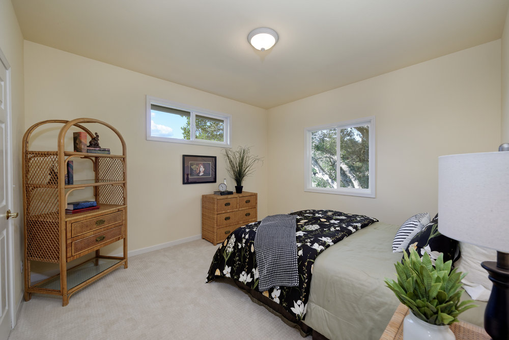 Bed1_706 Carpenteria R_Ducky Grabill Real Estate.jpg