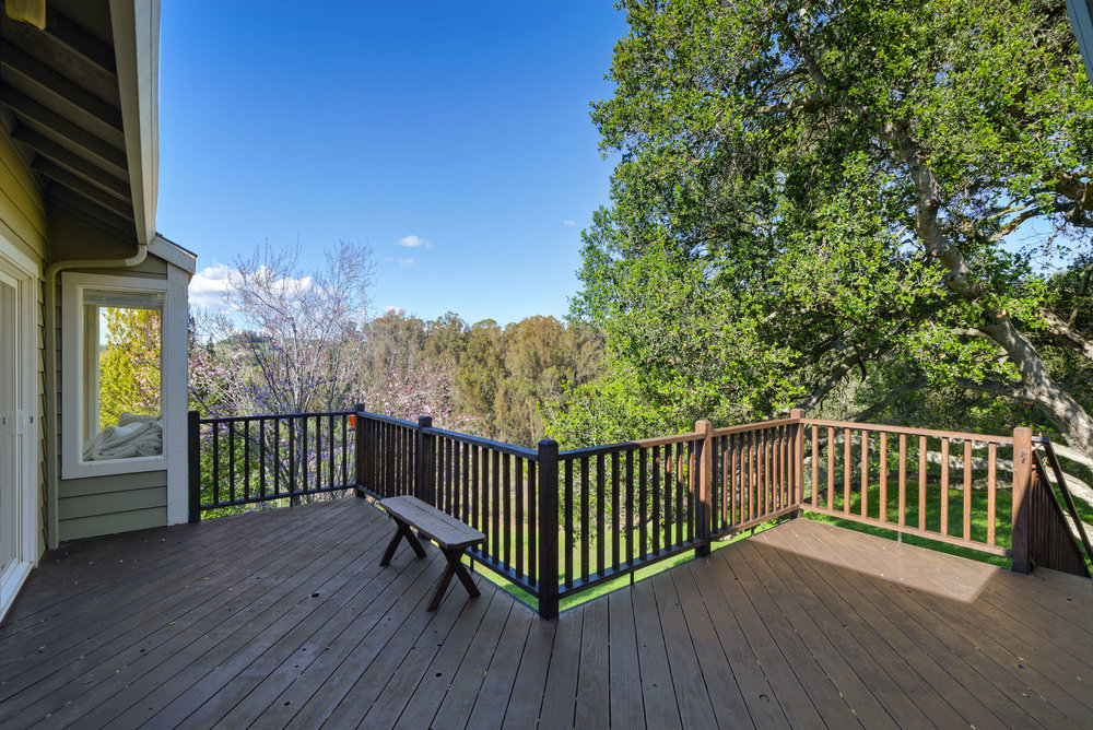 BPorch_706 Carpenteria R_Ducky Grabill Real Estate.jpg