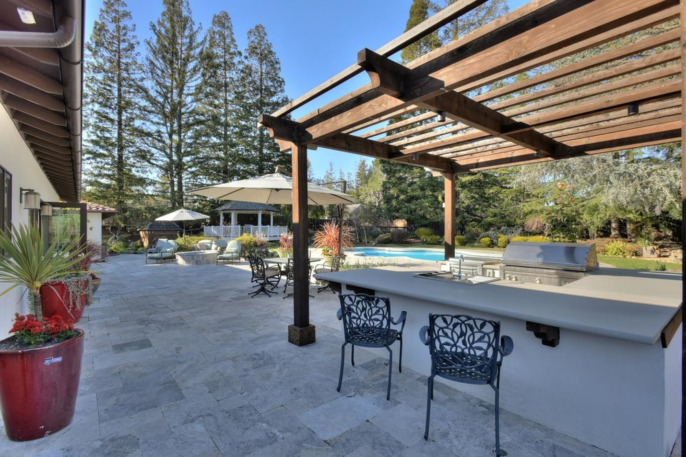 15977 Grandview Dr Monte-large-046-44-Back Patio and BBQ Area-1500x999-72dpi.jpg