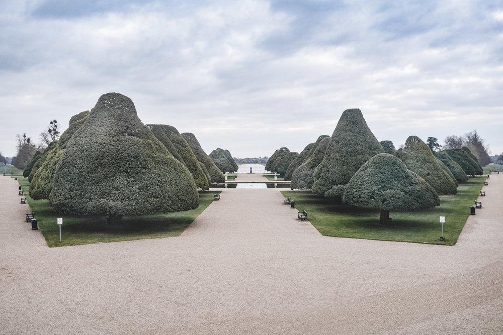 2015-Apr-Hampton Court-052.jpg