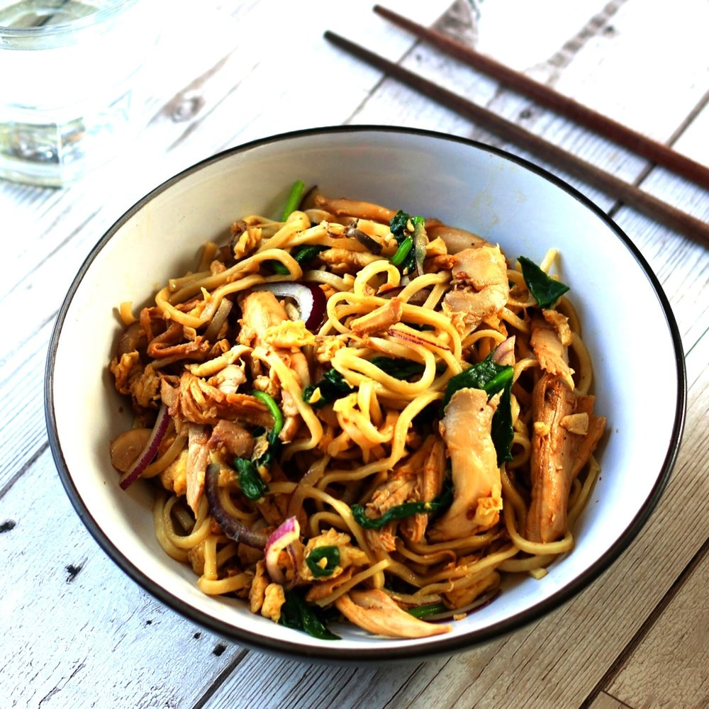 Chicken and egg noodles recipe by Limahl Asmall
