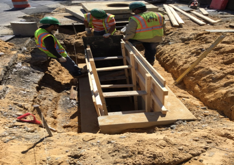 Forming Formwork for F & I Modified Standard Double Basin CB-25