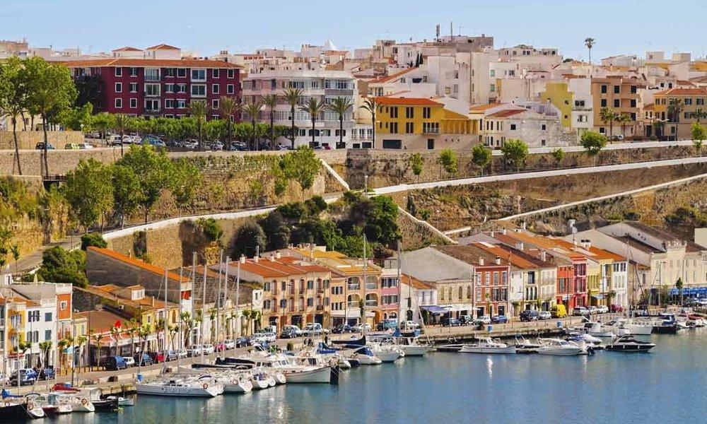 Puerto-de-Mahon-en-Menorca7.jpg