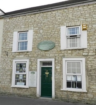 Lucy Brown Cirencester Hypnotherapy & Health Centre