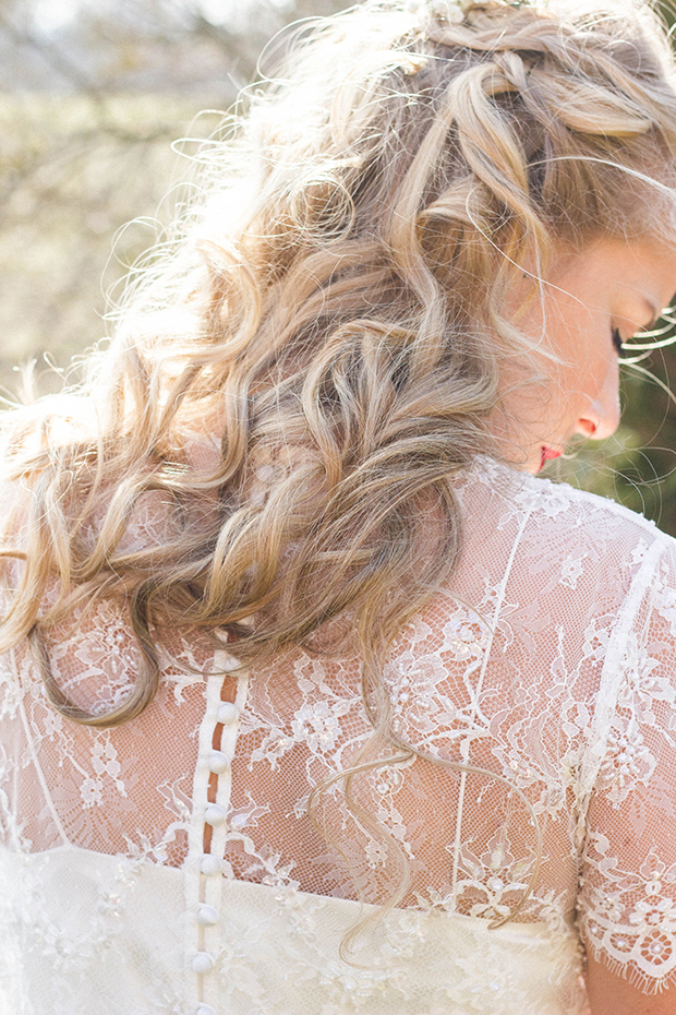 Vintage Amy Wedding Styling-Vintage Bride-Catherine Deane-Loose Curls and Gypsophila Hair
