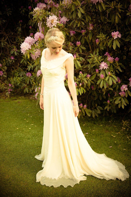 Vintage Amy Wedding Styling-My Vintage Wedding-1930s Wedding Dress