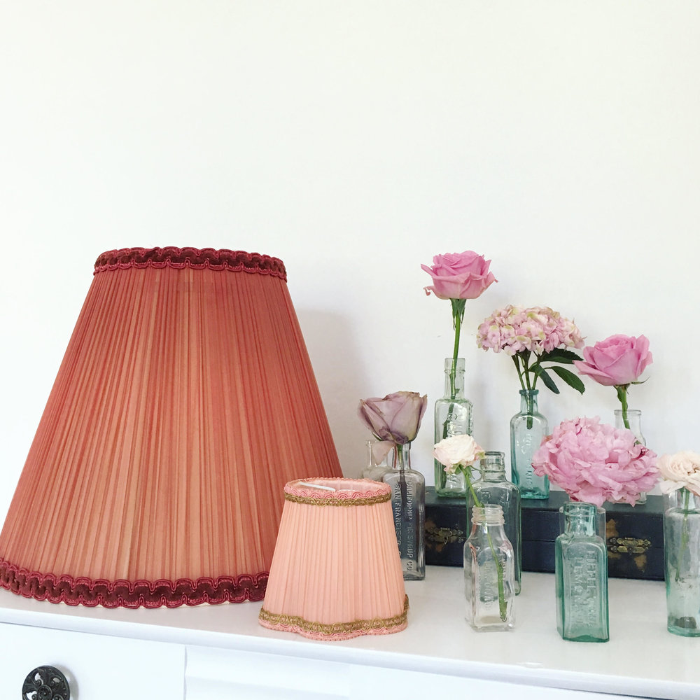 My most recent boot sale finds, how pretty are these lampshades? They will go in my collection for hanging in marquees and off trees in my vintage wedding styling.