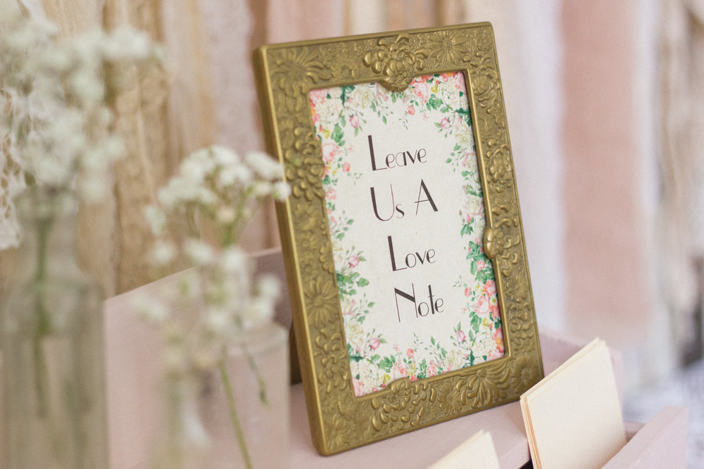 This vintage frame is so pretty and is perfect for guest signage or to use to display a memorable photo.
