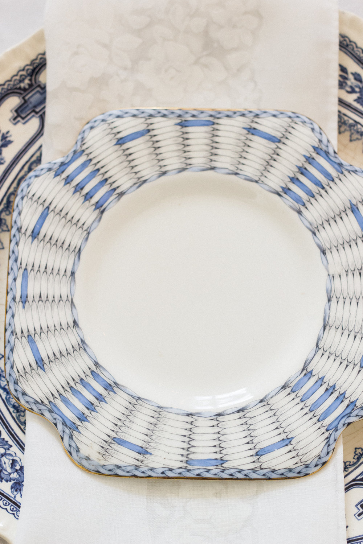 Vintage Amy Wedding Hiring-Vintage Blue and White Wedding Decor-Elegant Vintage Wedding Kent