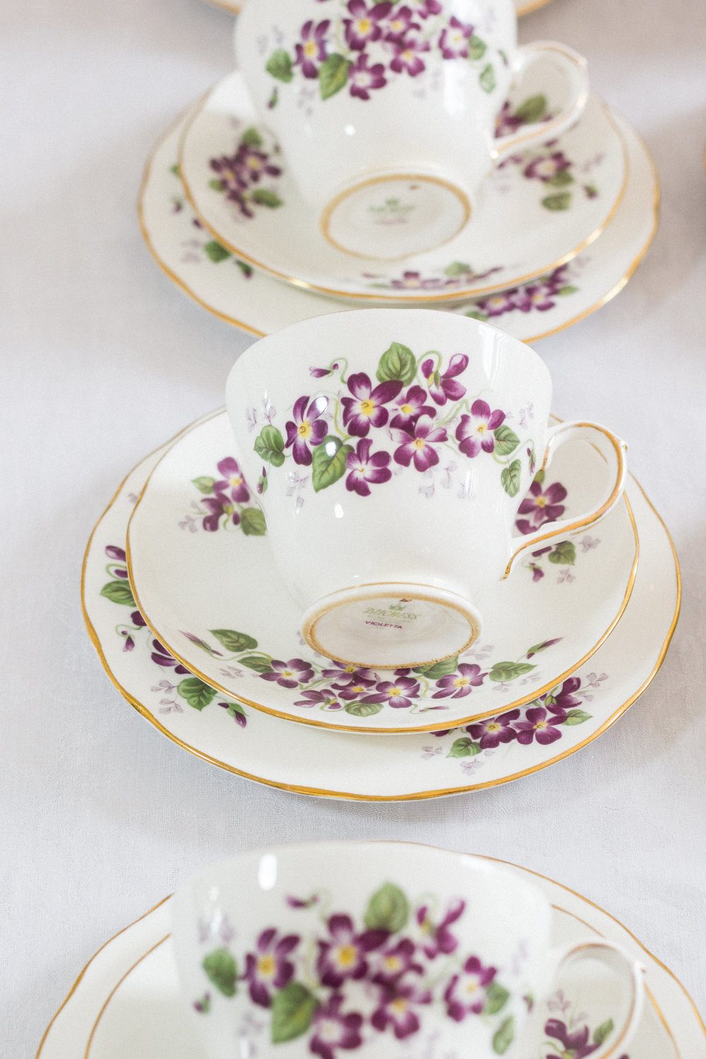 Vintage Amy Wedding and Event Hiring-Vintage China to Hire-Vintage Weddings and Events Kent