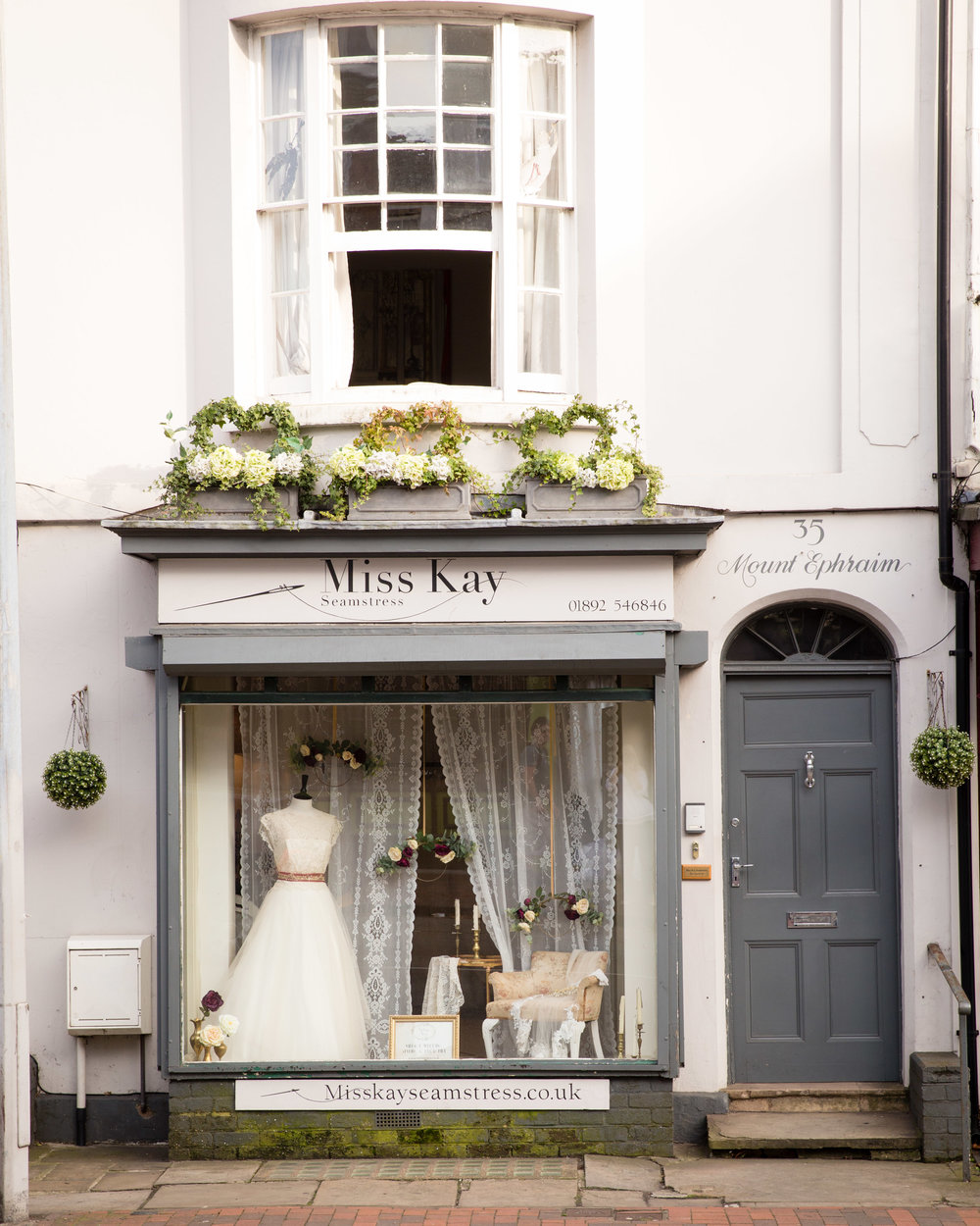 Vintage Styling and Hiring-Elegant Vintage Wedding Window Dressing-Kent