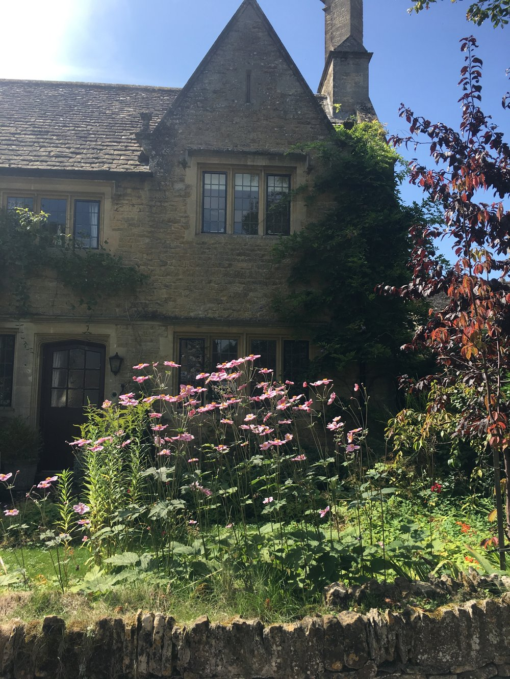 This is a beautiful Cotswold cottage in Bourton-on-the-Water, which is the most picturesque village. The old buildings have not been touched and it contains so much charm and character.