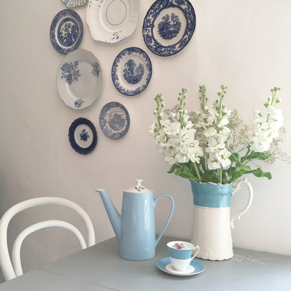 Vintage Amy Styling-Styling Tips Blog-Vintage Blue and White Kitchen-Vintage Styling Kent