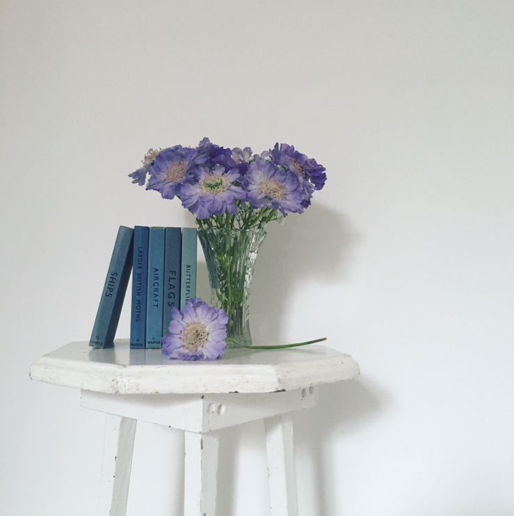 Vintage Amy Blog-Styling Tips-Vintage Stool and Wedding Flowers-Prop Hire Kent