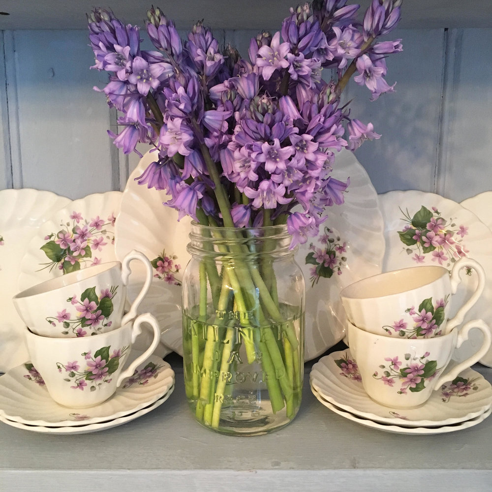Vintage Amy Styling Tips-Vintage China Hiring Kent
