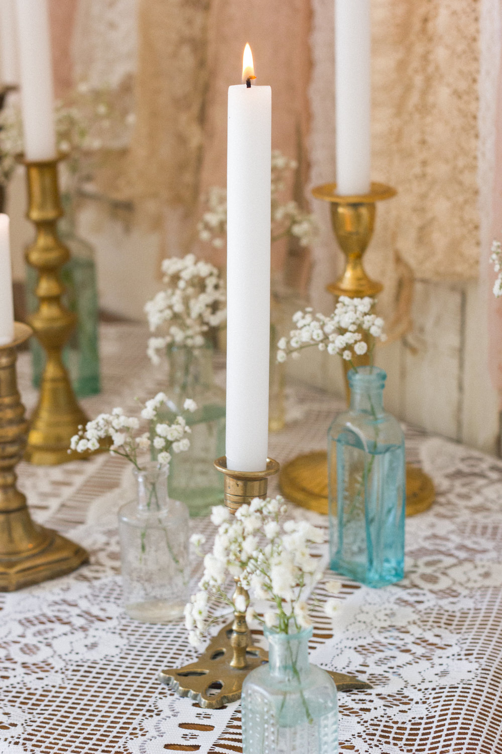 Vintage Amy Styling Tips-Vintage Lace and Vintage Medicine Bottles-Kent and Surrey