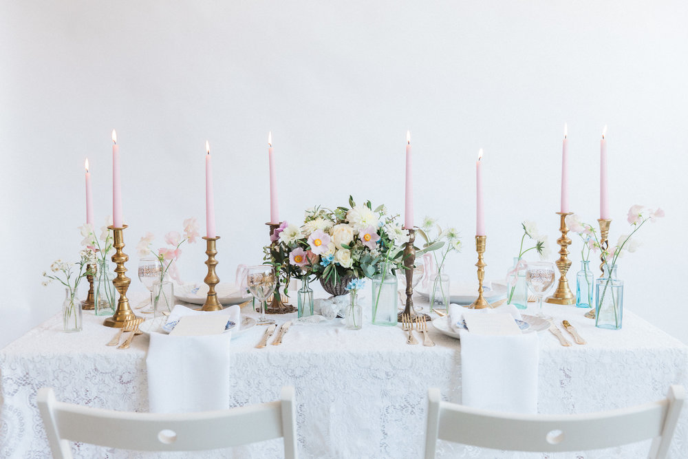 Vintage Amy Wedding Styling-Chic Vintage Wedding Table Setting-London Vintage Wedding