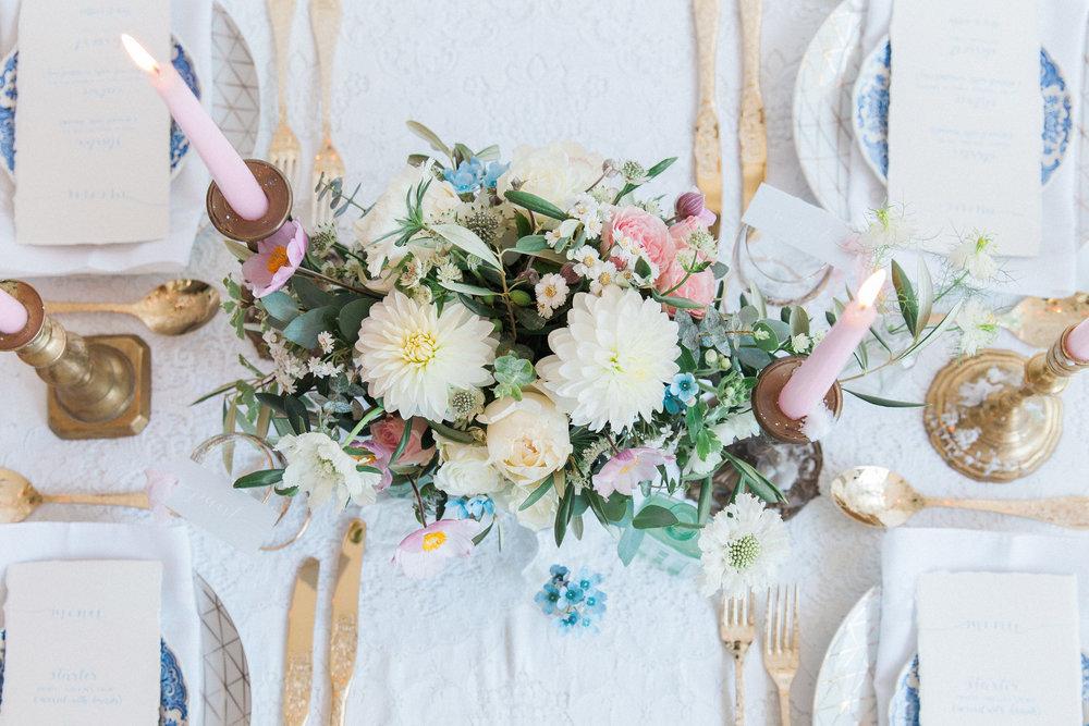 Vintage Amy Wedding Styling-Chic Vintage Wedding Table Styling-London Wedding