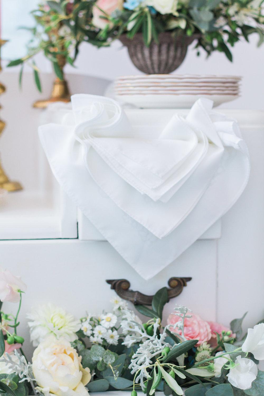 Vintage Amy Wedding Styling-Chic Vintage Wedding Inspiration-Dessert Dresser-London Wedding